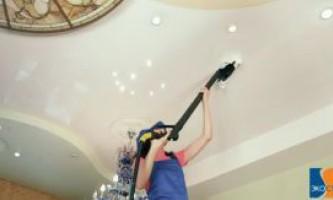 Чем и как мыть натяжной потолок?