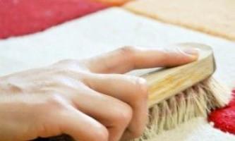 Чистка ковров в домашних условиях с помощью соды и уксуса от грязи и пятен.