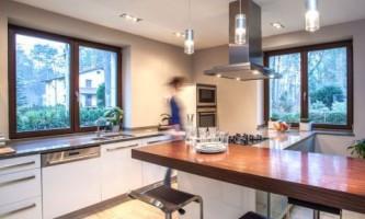 Деревянные окна в сравнении с металлопластиковыми – важные свойства конструкций