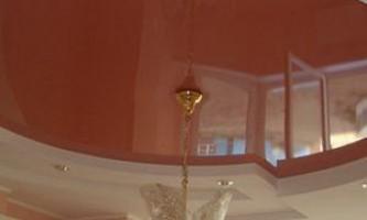 Как мыть и ухаживать за матовым натяжным потолком?