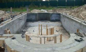 Как построить чашу бассейна