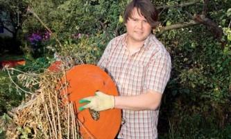 Как сделать оригинальные грабли для уборки листьев