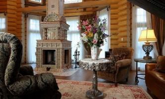 Какой выбрать интерьер гостиной в доме из оцилиндрованного бревна