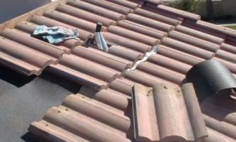 Крыша из черепицы: правила ремонта