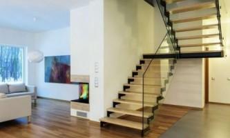 Лестницы: выбор материала ступеней