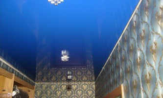 Натяжные потолки в коридоре — креативный дизайн помещения у вас дома