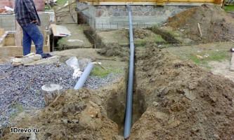 Нюансы прокладки канализации в деревянном доме