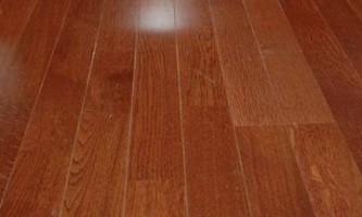 Особенности укладки ламината на деревянный пол: основные принципы работы.