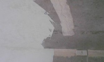 Самостоятельно штукатурим потолок