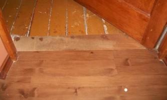 Укладка ламината на деревянный пол: правила монтажа