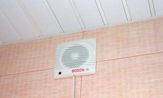 Устанавливаем и подключаем вентилятор в ванной комнате