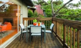 Выбор балконной плиты: деревянная или железобетонная?